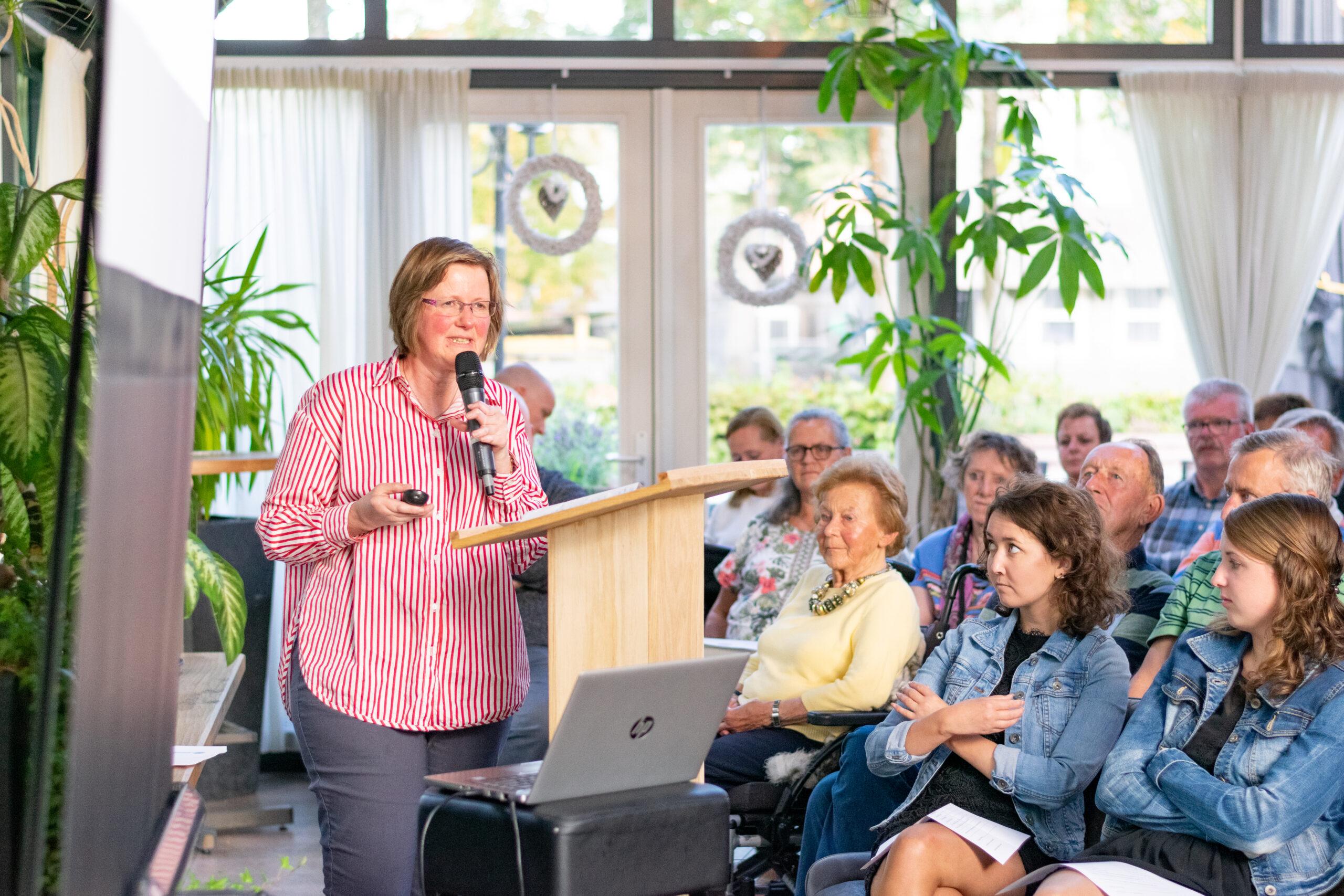 Spreker Diana Lewinski over werk en reuma